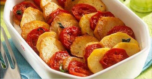 La recette du Tian Méditerranéen pommes de terre tomates et oignons rouges à la mozzarella
