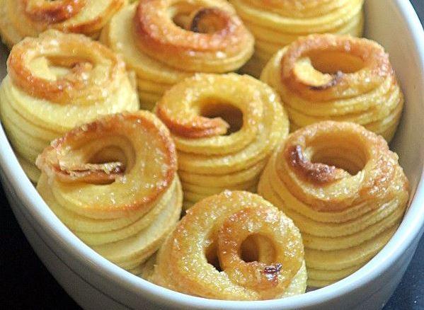 Pommes au four en robe de caramel