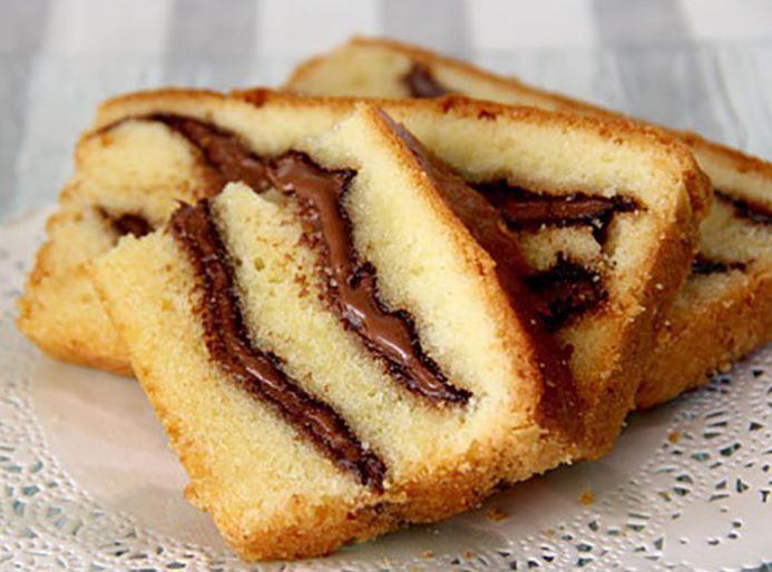 Recette facile Cake au yaourt à la pâte à tartiner