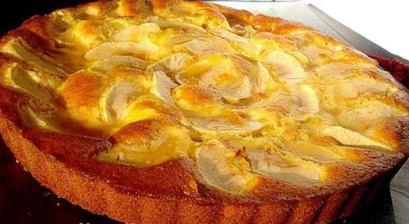 Tarte aux pommes et à la crème patissière