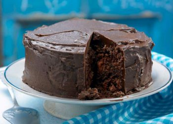 Gâteau au chocolat nappé