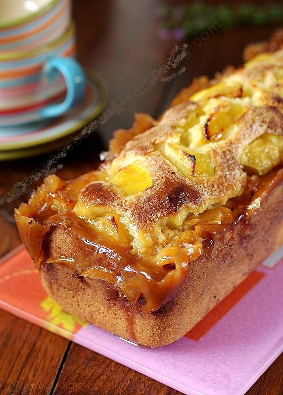 Gâteau aux pommes ,Simple, parfumé et terriblement délicieux