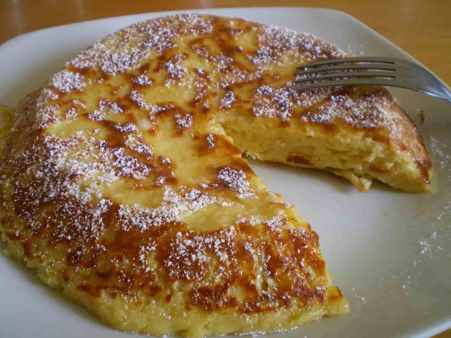 Gâteau aux pommes cuit à la poêle OU UN GÂTEAU EXPRESS PRÊT EN 10 MINUTES
