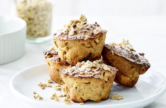 Muffin aux flocons d'avoine, pommes et yaourt