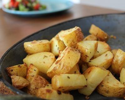 Pommes de terre au four ail et romarin