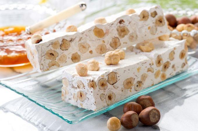 Recette de nougat blanc (facile et délicieuse)