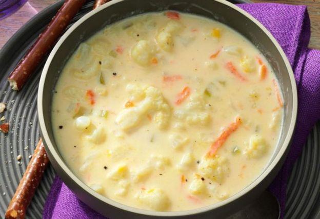 Soupe crémeuse au chou-fleur facile