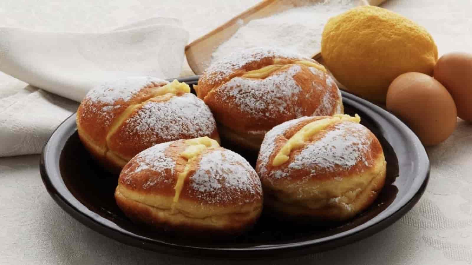 Beignets italiens à la crème pâtissière