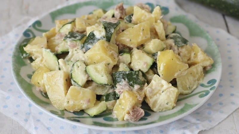 Salade de pommes de terre et de courgettes au thon