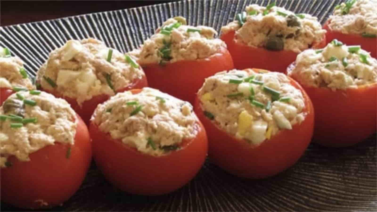 Tomates farcies à la mousse de thon