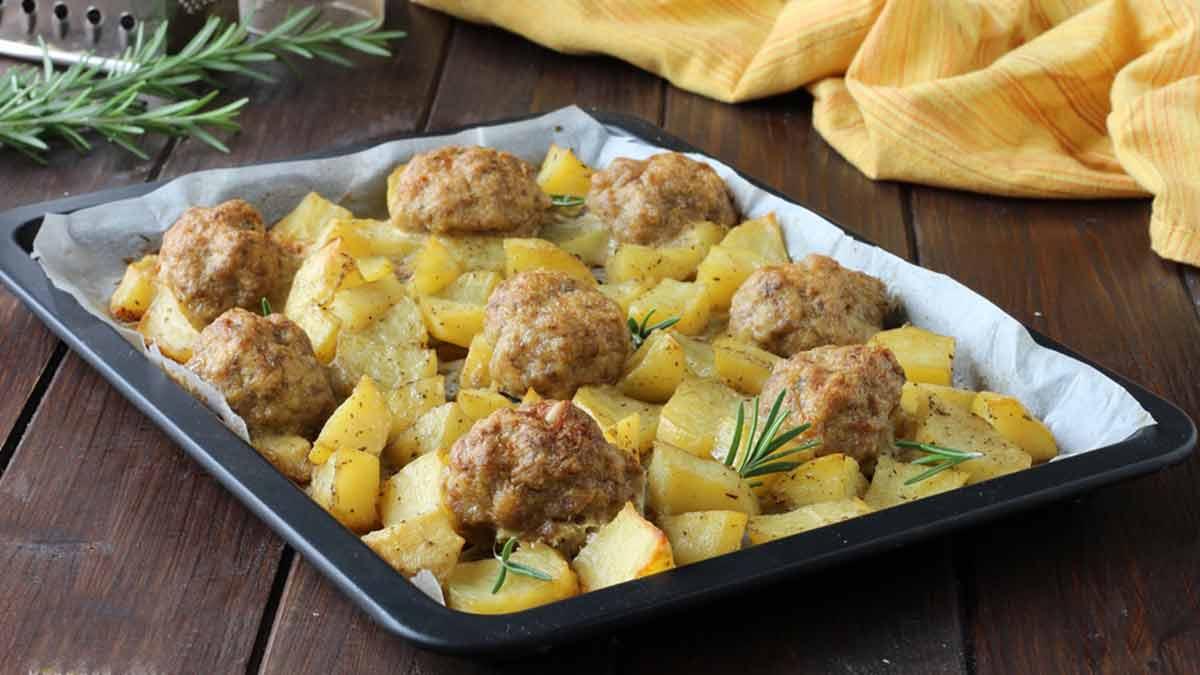 Boulettes de viande et pommes de terre au four
