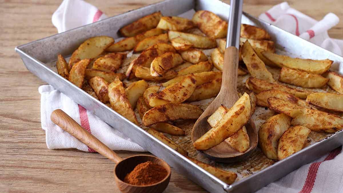 Attrayantes pommes de terre au paprika
