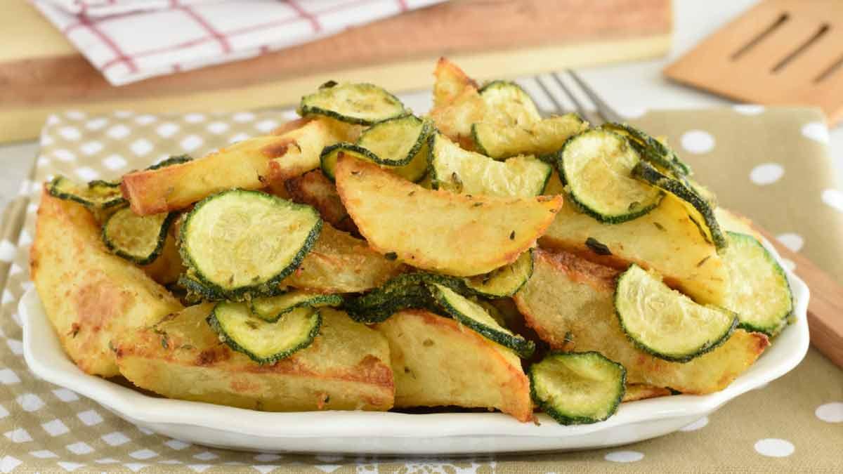Courgettes et pommes de terre au four