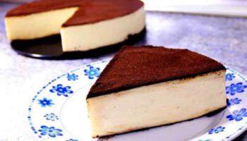 Délicieux gâteau au lait et au chocolat sans œufs ni farine
