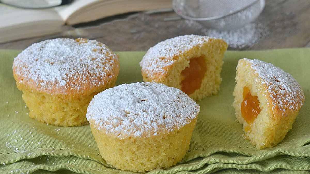 Muffins à la ricotta et à la confiture