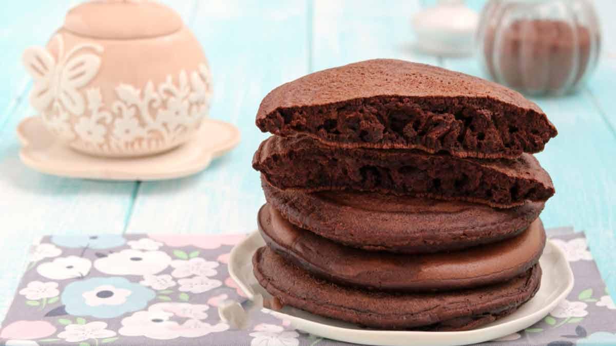 Pancakes au chocolat très doux sans beurre