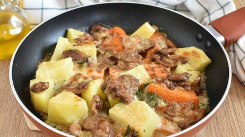 Pommes de terre au potiron et champignons