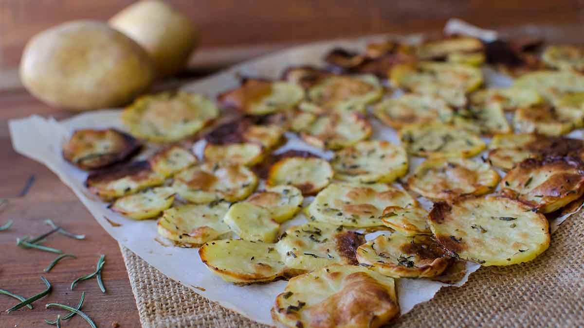 Savoureuses chips cuites au four