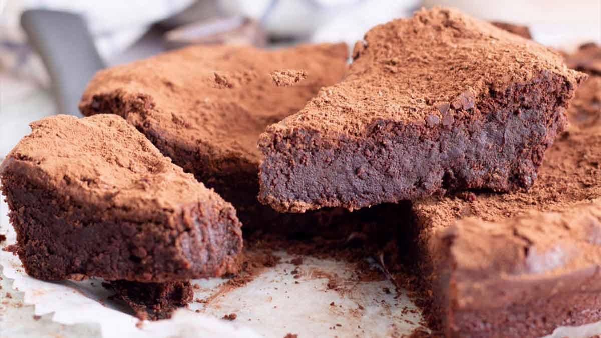 gâteau au chocolat sans sucre et sans lait