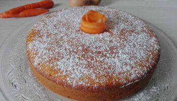 Onctueux gâteaux aux carottes et aux amandes