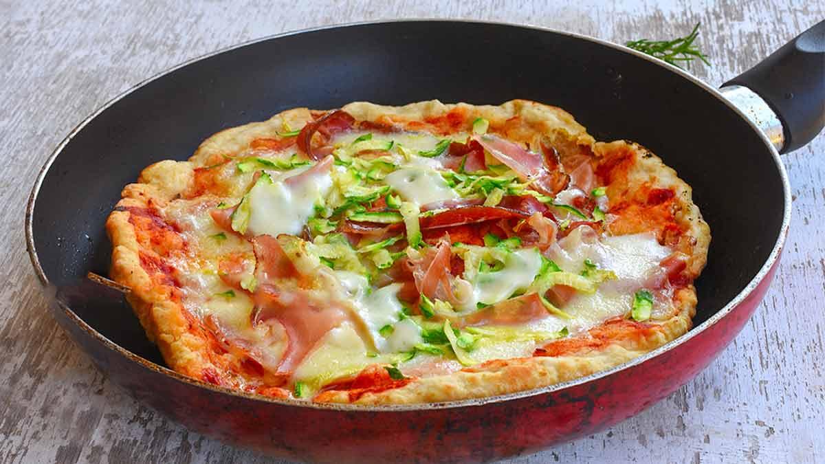 pizza aux courgettes et jambon