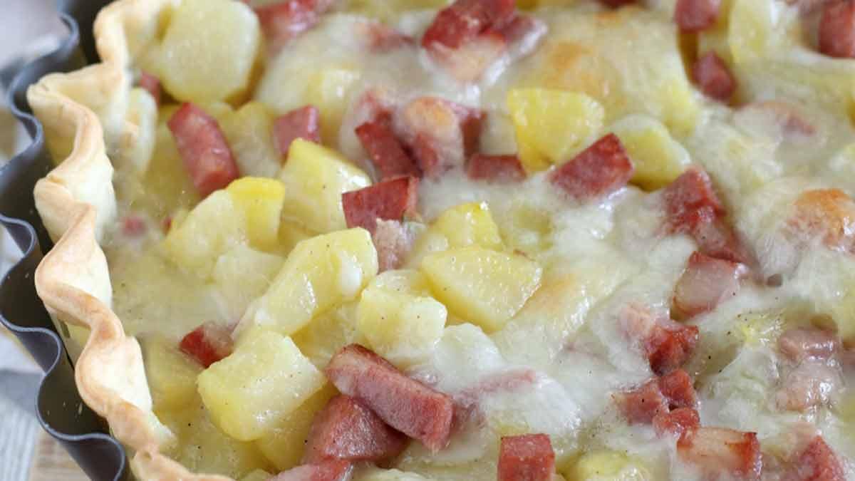 tarte salée aux pommes de terre et mortadelle