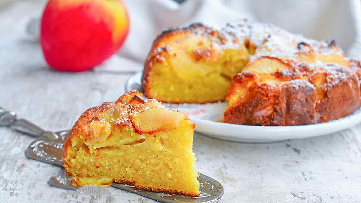 Délicieuse tarte moelleuse aux pommes sans robot