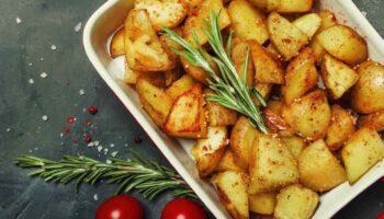 Pommes de terre au four croustillantes faciles et délicieuses