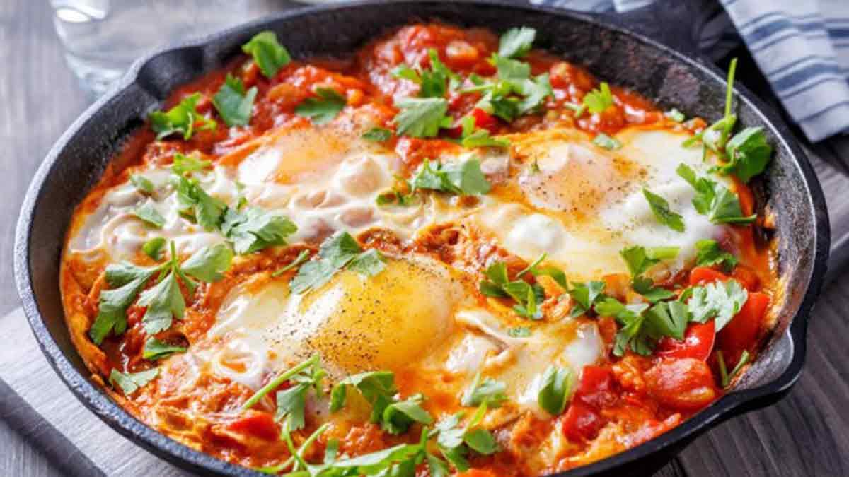 Succulents œufs aux tomates
