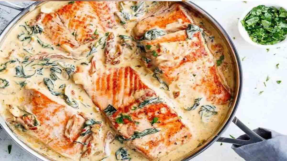 Délicieux saumon au beurre avec ail