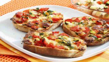 Savoureux crostinnis tomate mozzarella
