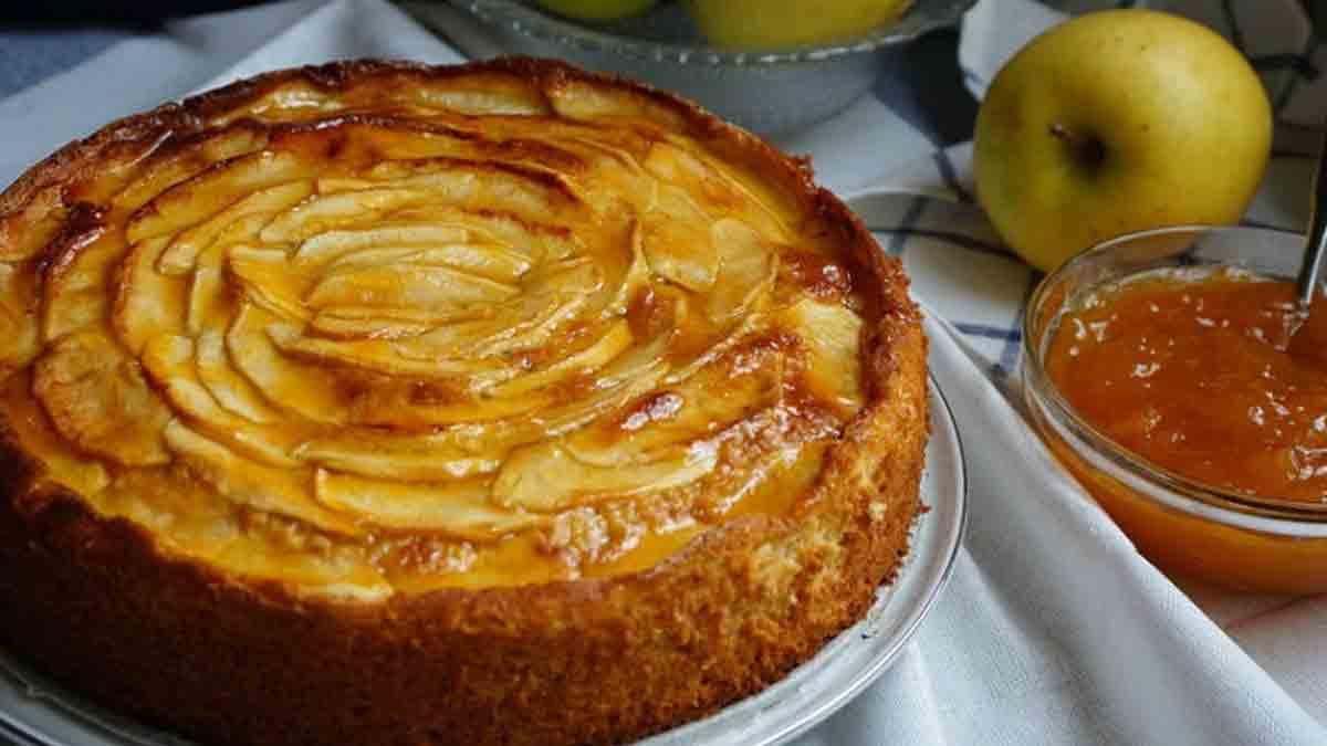 Succulent gâteau aux pommes très facile