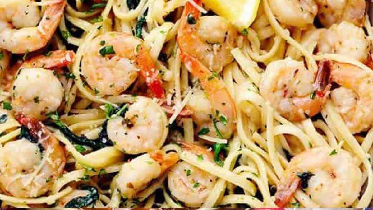 Succulents spaghettis aux crevettes épicées