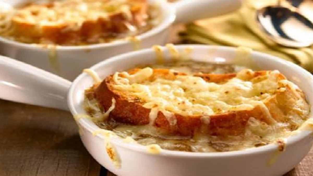 Superbe soupe avec oignon facile