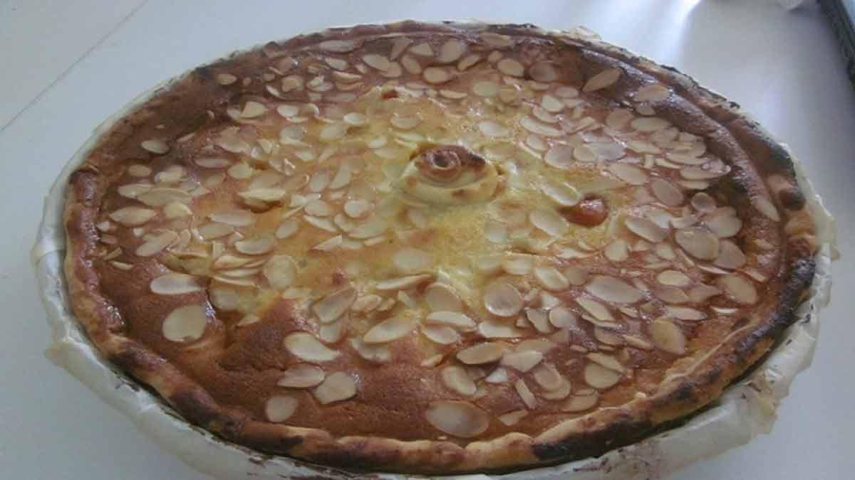 Savoureuse tarte aux abricots et amandes