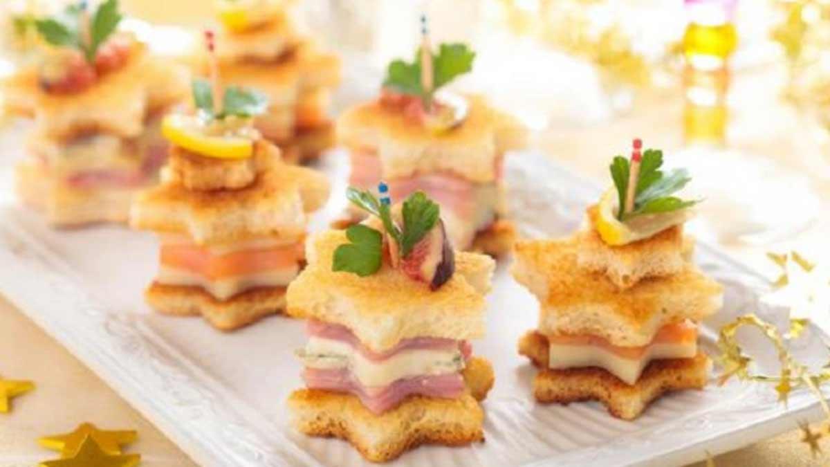 Toasts de Noël étoilés au saumon