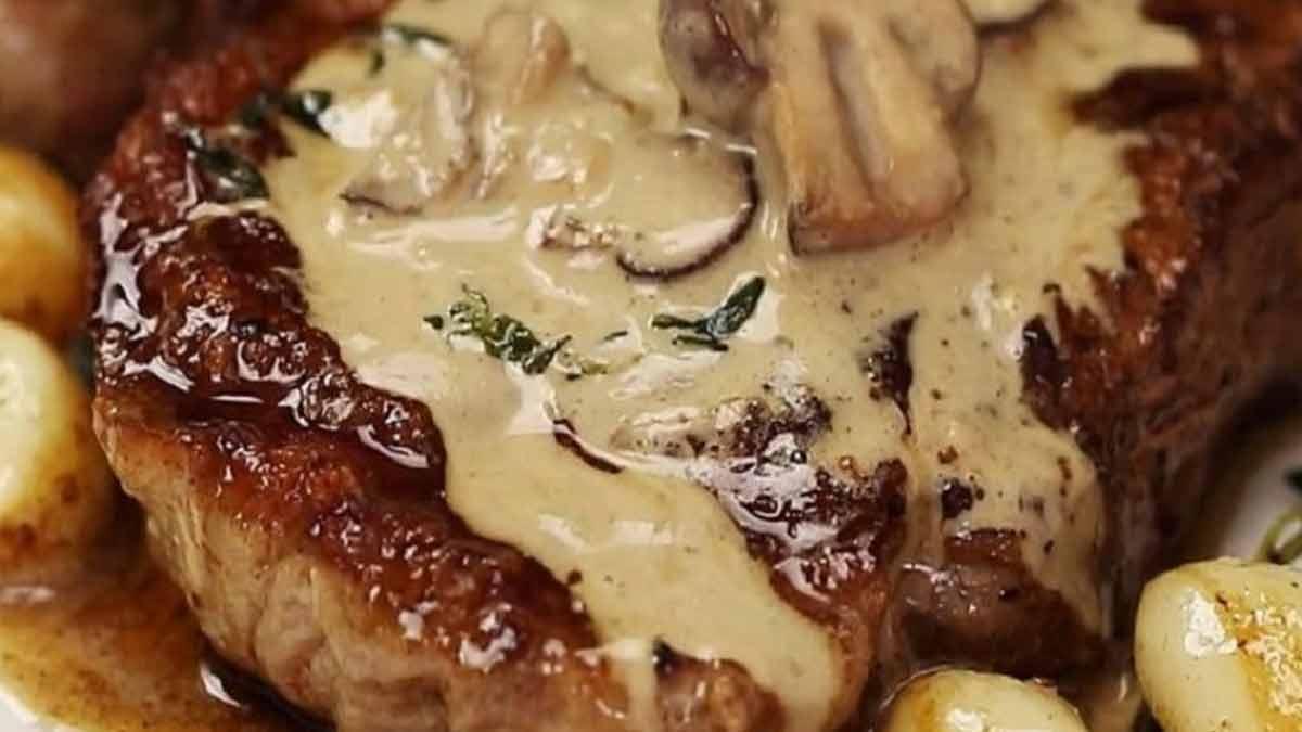 bifteck poêlé à la sauce crémeuse