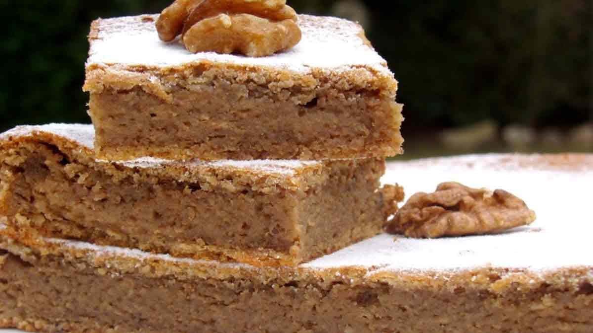 Onctueux gâteau fondant aux noix