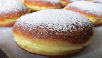 beignets à la crème pâtissière