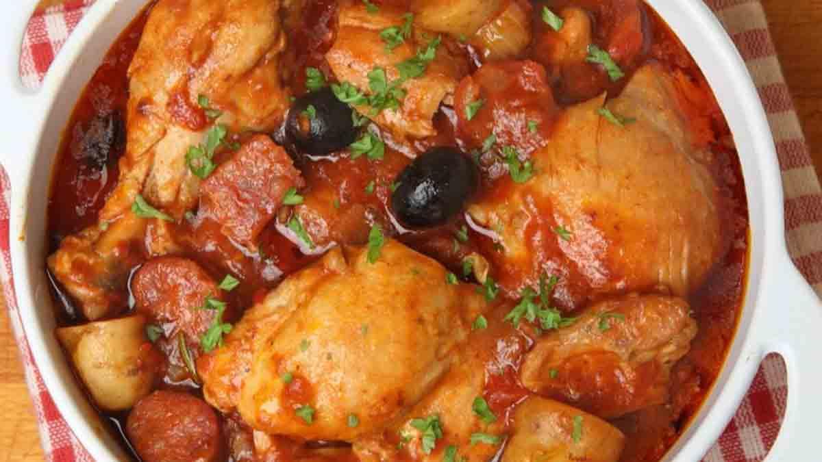 poulet sauté au chorizo avec olives et tomates