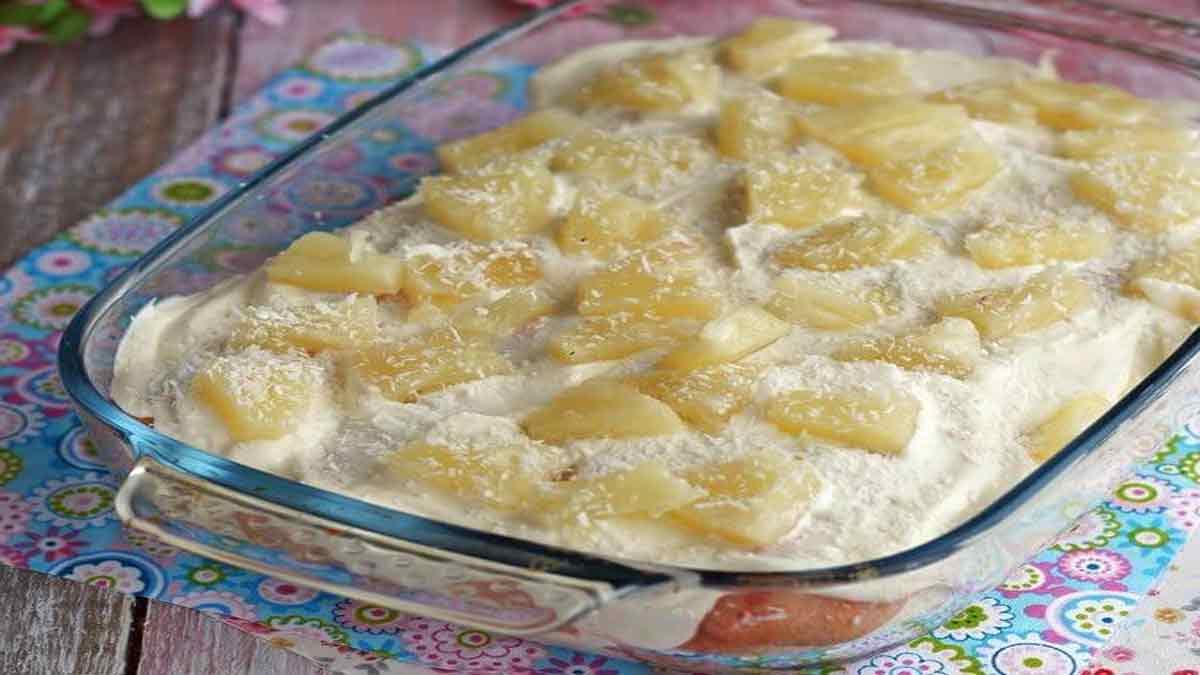 tiramisu à la crème et ananas
