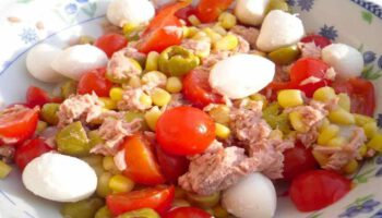 Salade tomate cerise-thon