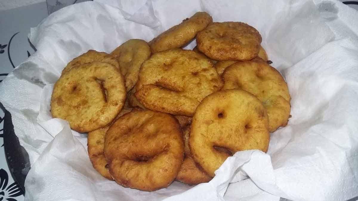 Adorables bonshommes de pommes de terre frites
