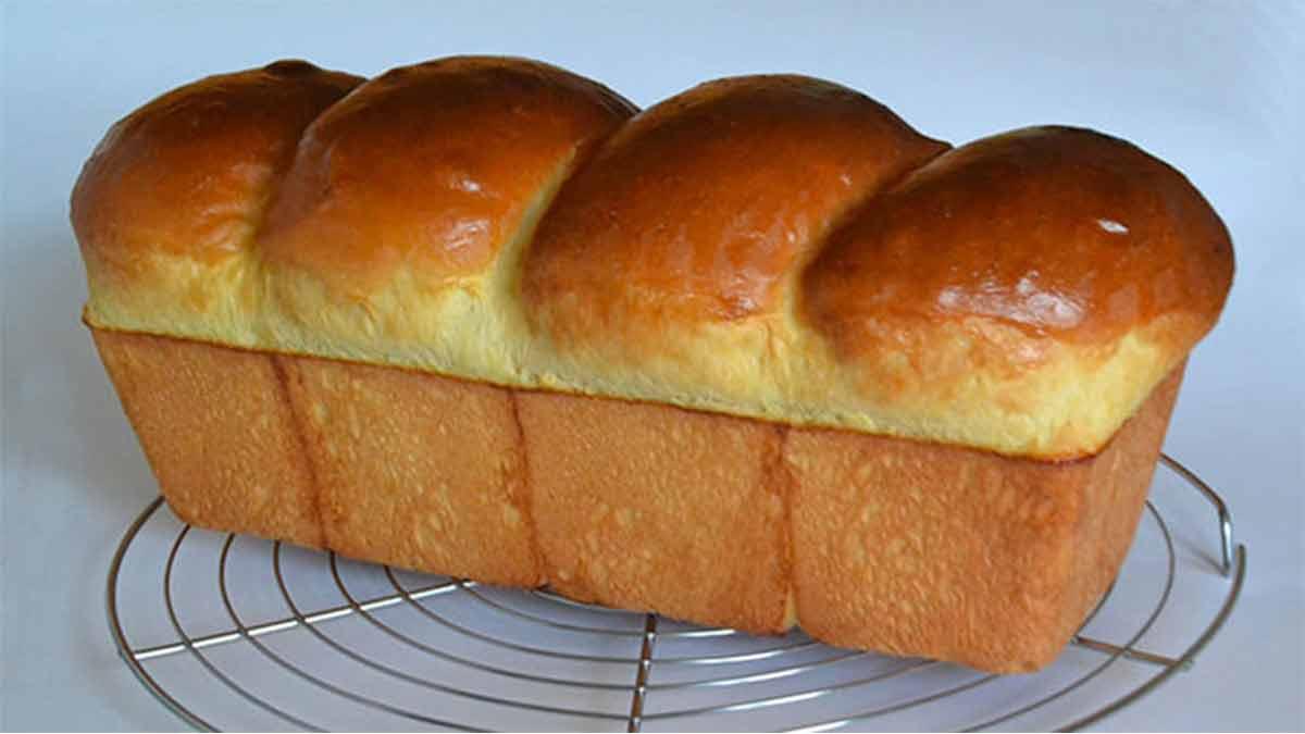 Douces brioches à la machine à pain