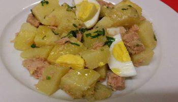 Exquise salade de pommes de terre thon œufs