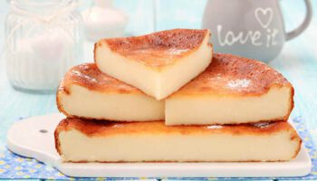 Gâteau moelleux au yaourt très doux