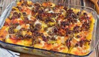 Gratin de polenta à la viande hachée et aux champignons