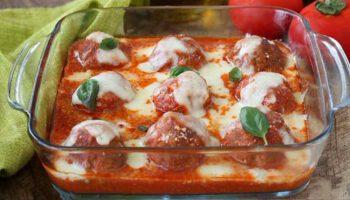 Onctueuses boulettes de viande à la tomate et mozzarella