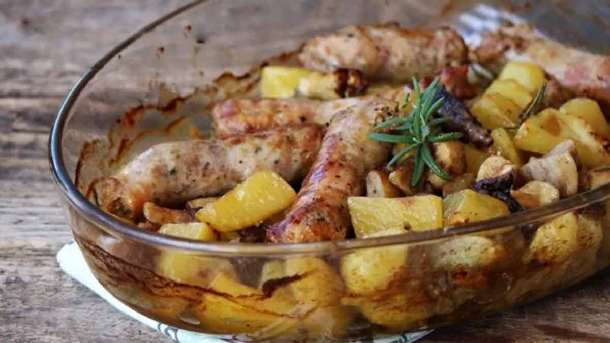 Savoureuses saucisses aux champignons et pommes de terre