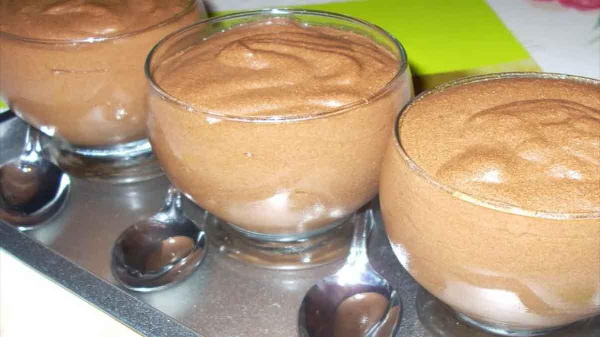 Délicate mousse au chocolat simplissime